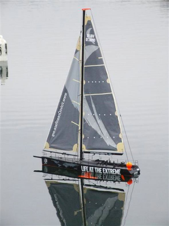 Volvo Open 70 Class Racing Yacht - Kit & Product Reviews